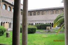 Рим. Кольцо от колодца, у которого Господь беседовал с самарянкой Храм Джованни ин Латерано