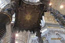 Сень над мощами ап. Петра. Ватикан.