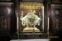 Две доски от яслей Господа Иисуса Христа Храм Санта Мария Маджоре