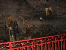 Монастырь Мего спилео. (Большая пещера)