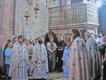 Божественная литургия на Гробе Господнем.