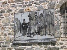 В 1903 г., протат запретил Пантелеимонову монастырю подавать милостыню нищим. Сфотографировали, увидели, что от них, отходит Богородица