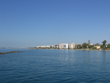 Чудо, происшедшее в июне 1992 года на Кипре, в местечке Симвулас. У Елены Скуру из города Лимассола, сердце функционировало лишь 15%. Ее включили в расписание операций.