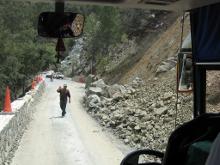 Обвал на высокогорной дороге, ведущей в женский монастырь Панагии Трикуккя (ХII в.) в дер. Продромос.