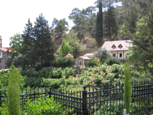 Вид на монастырь Панагии Махера.