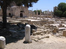 Руины христианских храмов IV - XIV вв. Колонна св. ап. Павла.