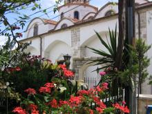 Храм Честного Креста в деревне Лефкара.